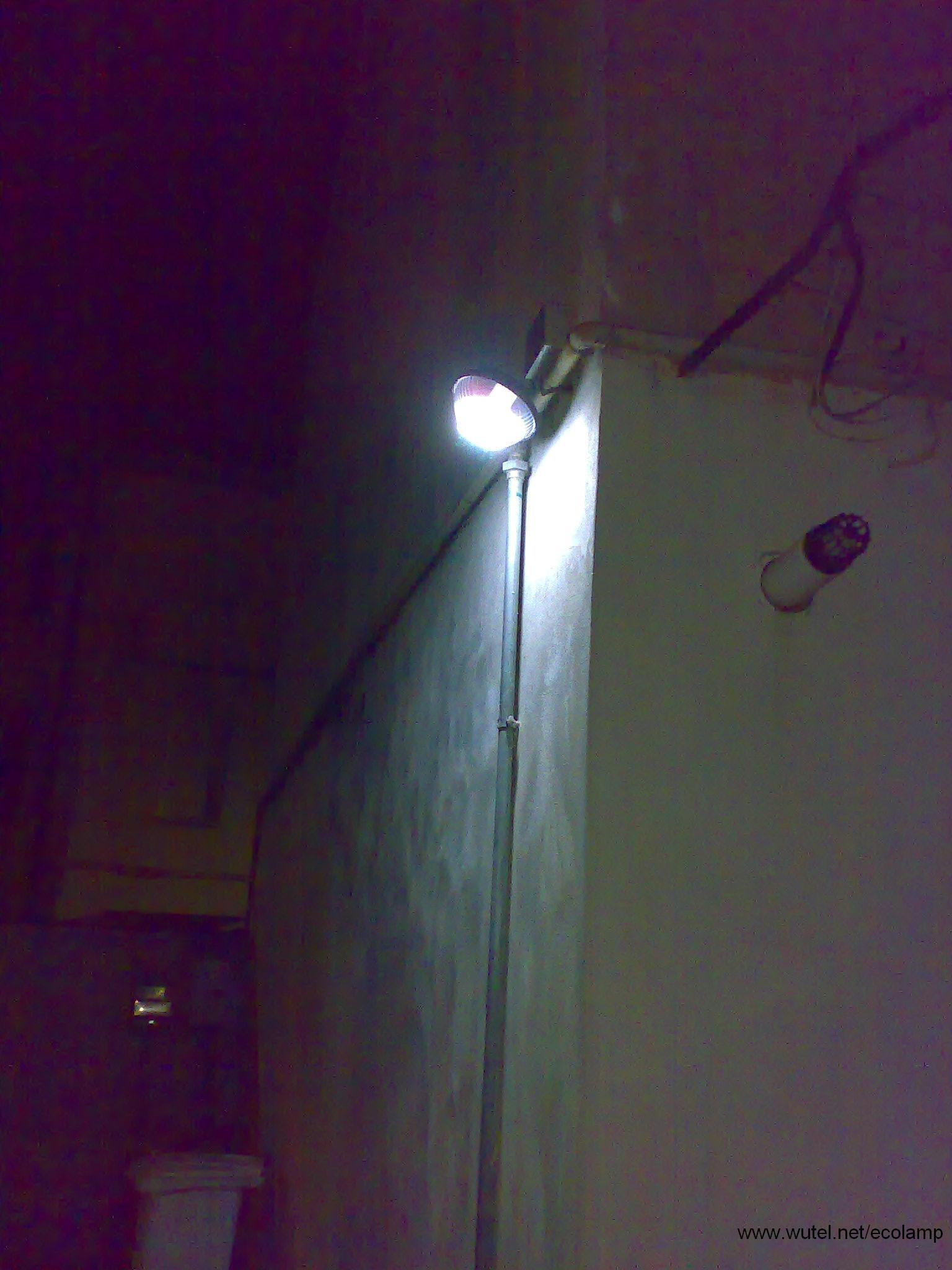 faretti gesso bricoman: lampade con tubi idraulici vivere a piedi ... - Faretti Gesso Bricoman